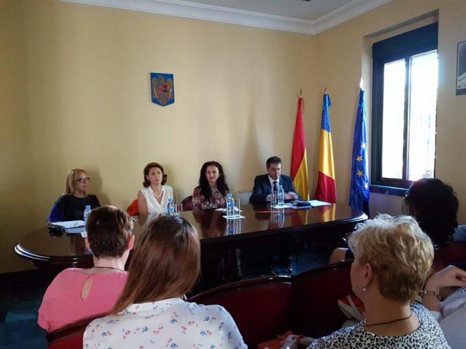 Intotero: Am solicitat sprijinul autorităţilor spaniole pentru susţinerea cursurilor de limba română în şcoli