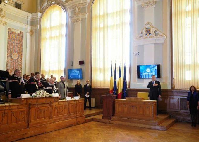 Iohannis: Educaţia din România ar trebui să formeze valori, din păcate, nu aceasta e regula, ci excepţia