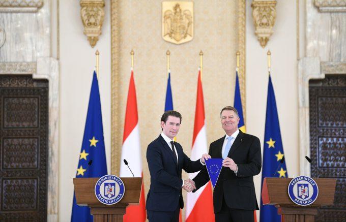 VIDEO - Iohannis: Este un moment simbolic pentru România; ne bucurăm să preluăm preşedinţia Consiliului UE de la Austria