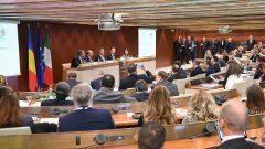 VIDEO – Iohannis: Trebuie să depăşim gândirea naţionalist-izolaţionistă şi să creăm realmente o economie europeană puternică
