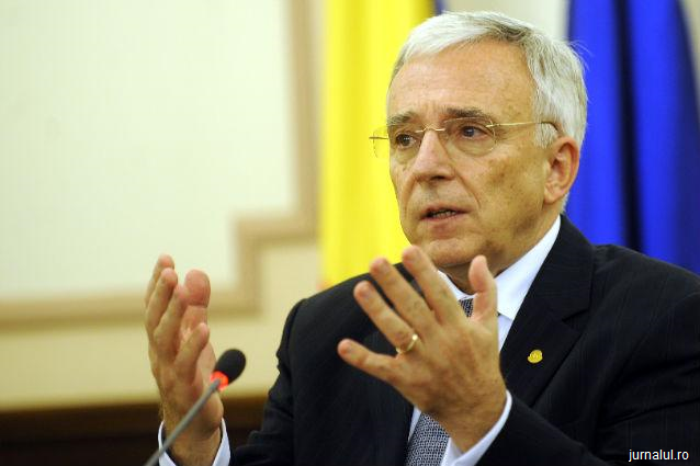 Isărescu: 3,5 milioane de români din stăinătate trimit anual 7 miliarde de euro în ţară
