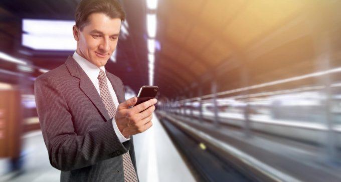 La Comunidad refuerza la información de la 'App' de Metro para facilitar que el viajero pase el tiempo mínimo imprescindible en sus instalaciones