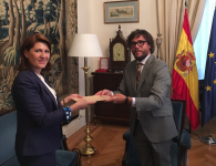 La entrega de las Copias de Estilo de las Cartas Credenciales por la nueva Embajadora de Rumania ante el Reino de España