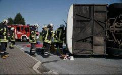 MAE: Patru români răniți în accidentul din Germania, supuși unor investigații amănunțite; starea lor – stabilă