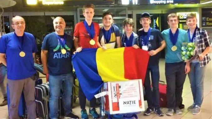 Mentor RobotX Hunedoara: Performanţa elevilor câştigători ai competiţiei de robotică, obţinută prin pasiune şi multă muncă