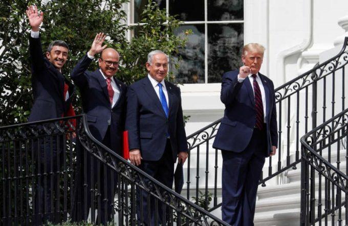Miniştrii de externe din EAU şi Bahrein au salutat un acord istoric cu Israelul, dar nu au uitat de palestinieni