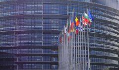 Modificările la legile justiţiei, subiect de dispută între eurodeputaţii români în plenul Parlamentului European