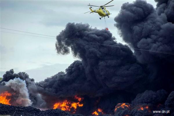 Nor de fum toxic lângă Madrid, după un incendiu la un depozit de pneuri