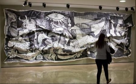 """O bibliotecă digitală dedicată picturii """"Guernica"""" de Pablo Picasso, inaugurată într-un muzeu din Madrid"""
