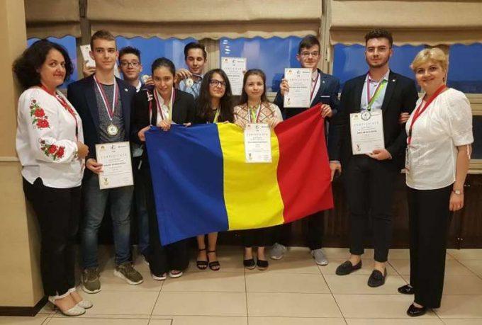Opt medalii pentru echipele României la Olimpiada Internaţională de Geografie pentru Europa Centrală, de Sud şi Sud-Est