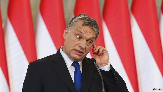 Orban acusa a Merkel de importar «terrorismo, criminalidad y homofobia a la UE»