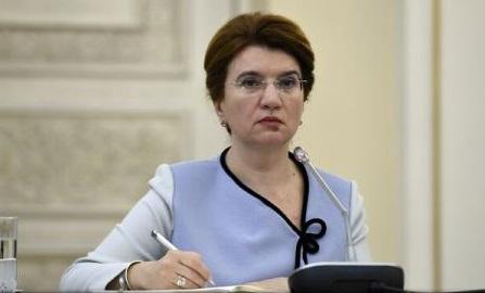 Păstîrnac: Pregătim un act normativ prin care să acordăm un pachet educațional elevilor români din Ucraina