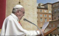 Papa Francisc a făcut apel la pace în Siria în tradiționala binecuvântare Urbi et Orbi