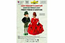 Peste 90 de păpuși prezintă moda franceză în miniatură, la Muzeul de Științele Naturii din Târgu Mureș