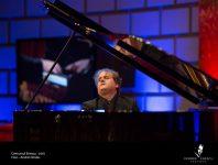 Președintele României a semnat decrete de decorare, printre care și al pianistului spaniol Josu De Solaun Soto