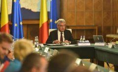 Premierul Tudose a felicitat MAE pentru rezolvarea situației unor români blocați în aeroportul din Lisabona