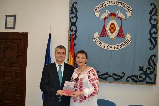 Prezentarea-oficială-a-cărții-bilingve-română-spaniolă-Egometrie-Egometria-de-Elisabeta-Boțan-poetă-și-traducătoare