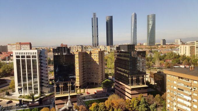 Prin ce măsuri dorește guvernul de la Madrid să-i stimuleze pe muncitorii spanioli să revină acasă