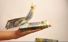 Principalele facilități fiscale valabile de la 1 ianuarie: reducerea TVA la 19%, eliminarea supraaccizei la carburanți și a taxei pe stâlp