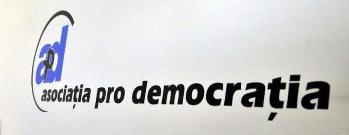 Pro Democraţia: Emiterea unei OUG pentru modificarea Legii referendumului – o încălcare a principiilor statului de drept