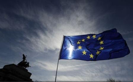 Producătorii britanici fac apel la Theresa May pentru un acord comercial post-Brexit