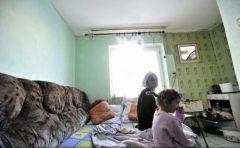 Raport Salvați Copiii: România – locul 52 în lume cu privire la copiii lipsiți de copilărie