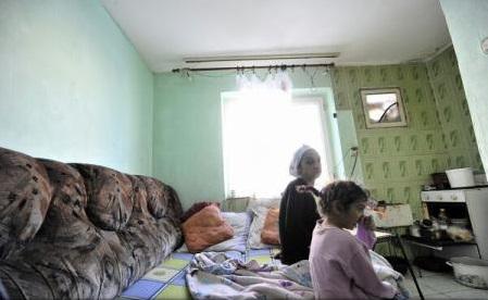 Raport Salvați Copiii: România - locul 52 în lume cu privire la copiii lipsiți de copilărie