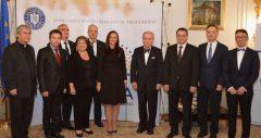 Români americani cu activităţi deosebite, premiaţi în cadrul Galei '100 pentru Centenar'