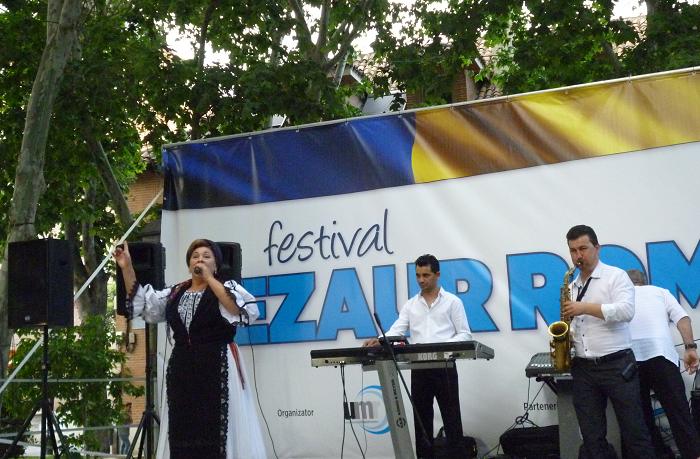 Românii din Spania au sărbătorit românește în cadrul Festivalului – Tezaur Românesc (Madrid)