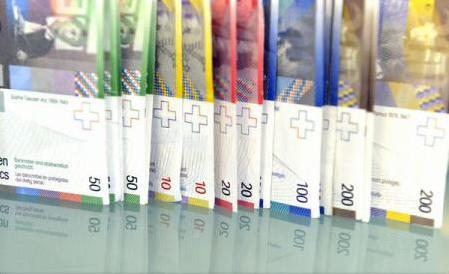 Românii mai au credite în franci elveţieni?