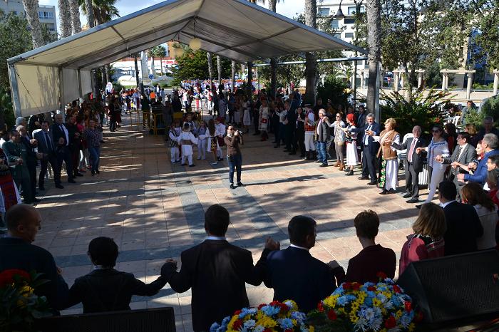 Roquetas de Mar: Multitudinaria celebración nacional de Rumanía en el centenario de la unión de las provincias rumanas