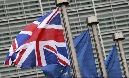 Scenariu absurd: Pregătiri pentru Brexit fără niciun acord. Ce alte opțiuni mai sunt?