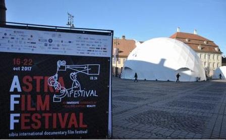 Sibiu - singurul oraș românesc cu cinematograf dom unde se pot viziona filme 360 pe un ecran cupolă