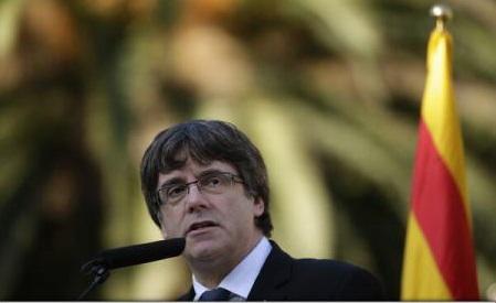 Spania: Carles Puigdemont evită să-și clarifice poziția cu privire la declararea independenței Cataloniei