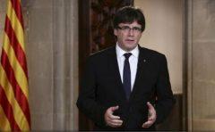Spania: Liderul catalan Carles Puigdemont își amână pentru marți discursul în plenul parlamentului regional
