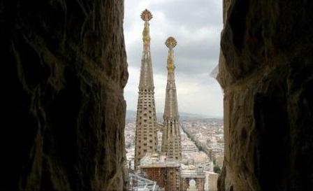 Spania: Sosirile vizitatorilor străini, în creștere cu 16%, în aprilie