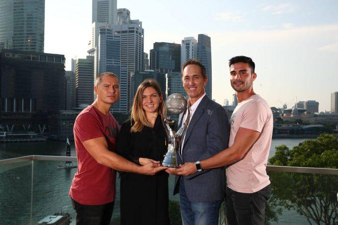 Tenis: Simona Halep a primit din partea WTA trofeul 'Chris Evert'