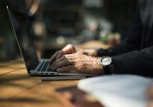 Teodorovici: Plicurile cu înştiinţări pe care le trimite ANAF ar putea fi înlocuite cu o soluţie online
