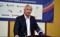Teodorovici propune impozitarea unor activități ale Bisericii, urmând ca banii să meargă în proiecte sociale