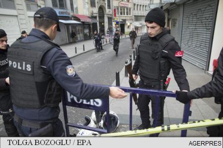 Turcia: Cel puțin 7 polițiști morți și 27 de răniți într-un atac cu mașină-capcană la Diyarbakir