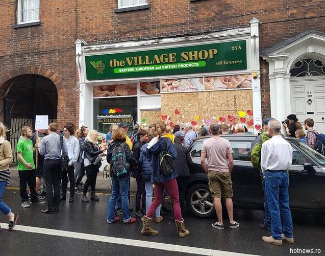 Un-magazin-al-unor-cetăţeni-români-a-fost-incendiat-pe-8-iulie-în-Norwich-Britanicii-au-strâns-peste-25000-de-lire-sterline-donații-pentru-magazin