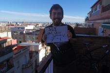 Un român călătorește prin Spania și cere sprijinul românilor în călătoria lui spre Maroc. Vezi ce dorește?
