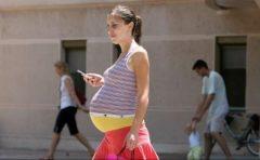 Utilizarea telefoanelor mobile de către femeile gravide nu ar crește riscul de tulburări de neurodezvoltare la copii