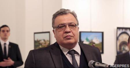 VIDEO Ambasadorul rus la Ankara a murit în urma rănilor suferite în atacul armat (RIA)