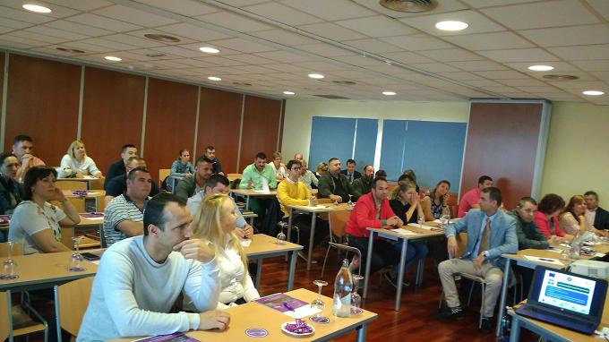 Workshop-urile de informare privind procesul de selecție a planurilor de afaceri sunt în plină desfășurare