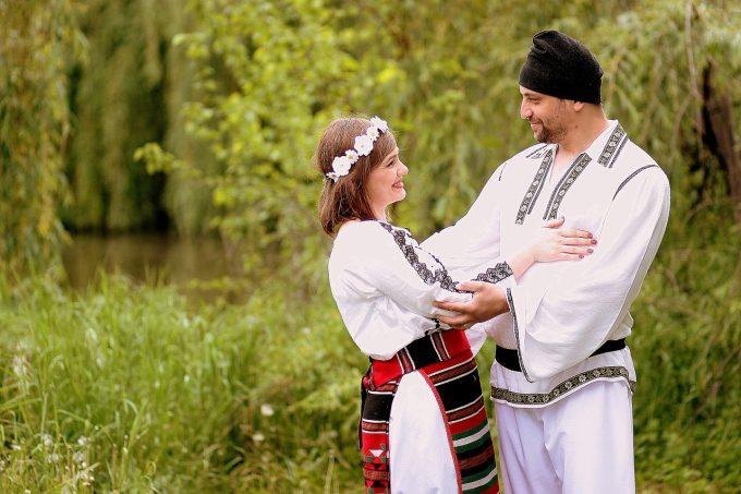 Ziua Naţională a Portului Tradiţional Românesc, sărbătorită în a doua duminică din luna mai