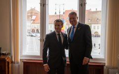 VIDEO: Întâlnire bilaterală Iohannis-Macron în marja Summitului de la Sibiu