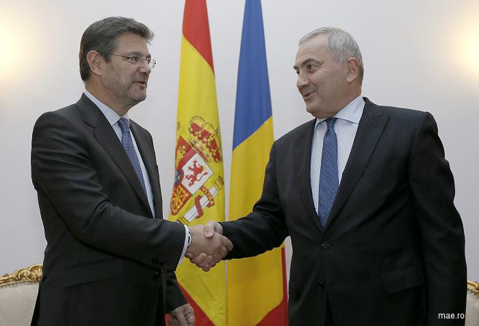 Întrevederea ministrului afacerilor externe, Lazăr Comănescu, cu ministrul spaniol al justiției, Rafael Catalá Polo