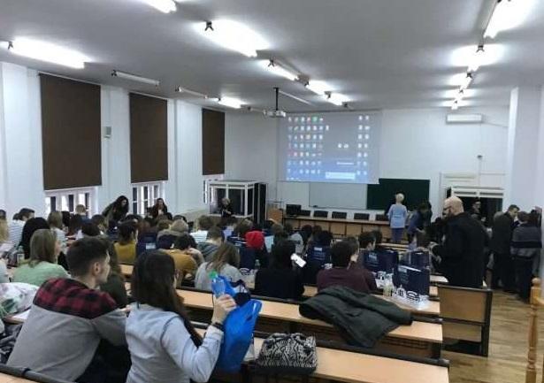Spania: 11 medalii pentru studenţii Universităţii din Bucureşti la Markstrat