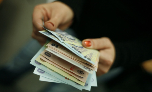 26 de taxe consulare vor fi eliminate, proiect de lege trecut de Camera Deputaților